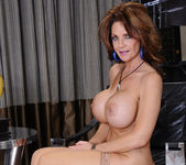 Deauxma - Seduced By A Cougar 11