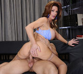 Deauxma - Seduced By A Cougar 17