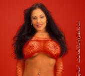 Nina Mercedez Hot in Red 28