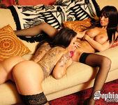 Sophia Santi fucks Sandee Westgate 2