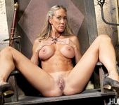 Brandi Love & Alec Knight - This Ain't Game of Thrones XXX 17
