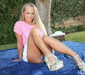 Marco Banderas, Britney Young & Skylar Green - Swappers 13