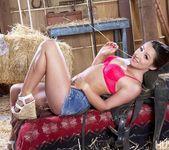 Tegan Summers & Lola Foxx - All New Hot Showers 2 16