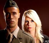 Tara Lynn Fox & Richie Calhoun - This Ain't Homeland 3