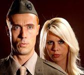 Tara Lynn Fox & Richie Calhoun - This Ain't Homeland 4