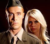 Tara Lynn Fox & Richie Calhoun - This Ain't Homeland 5