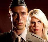 Tara Lynn Fox & Richie Calhoun - This Ain't Homeland 11