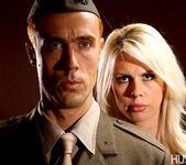 Tara Lynn Fox & Richie Calhoun - This Ain't Homeland 12