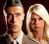 Tara Lynn Fox & Richie Calhoun - This Ain't Homeland 18