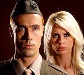 Tara Lynn Fox & Richie Calhoun - This Ain't Homeland 20