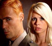 Tara Lynn Fox & Richie Calhoun - This Ain't Homeland 24