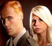 Tara Lynn Fox & Richie Calhoun - This Ain't Homeland 27