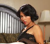 Dana Vespoli & Billy Glide - This Ain't Homeland 4