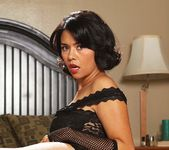 Dana Vespoli & Billy Glide - This Ain't Homeland 7