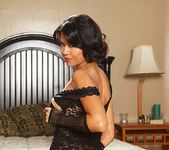 Dana Vespoli & Billy Glide - This Ain't Homeland 14
