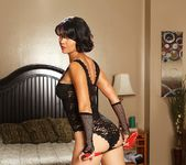 Dana Vespoli & Billy Glide - This Ain't Homeland 29