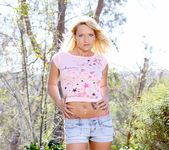 Cali Carter - Barely Legal #137 9