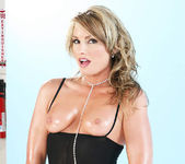 Flower Tucci - Triumph of the Tushy 2