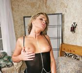 Flower Tucci - Triumph of the Tushy 16