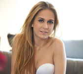 Blonde beauty Cassidy Cole strips out her her clothing 7