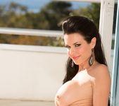 Veronica Avluv - Jules Jordan 12