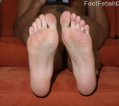 Melanie Scott - Foot Fetish Daily 5
