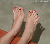 Melanie Scott - Foot Fetish Daily 8