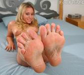 Kelly Skyline Blonde 6 1/2 Feet 4