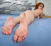 Eva Dior Meaty Feet and Tits 6