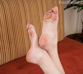 Cameron Love Footjob - Foot Fetish Daily 2