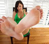 Brooke Lee Adams Feet - Foot Fetish Daily 2
