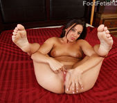Gracie Glam Rubs Her Coochie and Gets Slammed 6