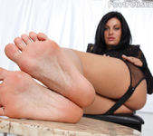 Angelica Raven Ass Eating Footjob 3