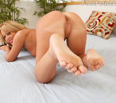 Ashley gets her Pussy Licked and Feet Creamed 8