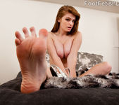 Faye Reagan Sucks Dick and Gets Cum on Her Toes 4