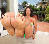 Megan Vaughn - Foot Fetish Daily 2