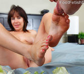 Sasha Exposes her Pink Toes, Wrinkly Soles and Big Titties 9