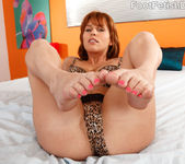 Sasha Heart Wraps Her Sexy Feet Around a Fat Cock 4