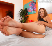 Presley Hart Wraps Her Sexy Feet Around a Pulsing Dick 2