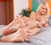Vanessa Cage Has Her Toes Sucked and Soles Fucked 7