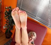 Jessa Rhodes Has Her Sexy Pink Toes Devoured 8