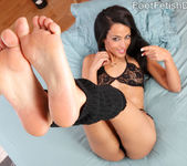 Layla Sin Wraps Her Sexy Feet Around a Big Cock 3