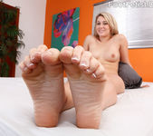 Lily Banks Gets Off on Giving a Footjob 5
