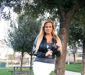 Lovers Park - Kelly Madison 3