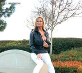 Lovers Park - Kelly Madison 11