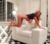 Lovers Park - Kelly Madison 15