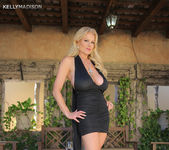 Hermosa Tarde - Kelly Madison 5