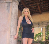 Hermosa Tarde - Kelly Madison 7