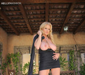 Hermosa Tarde - Kelly Madison 10