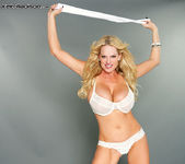 Taste My Dirty Panties - Kelly Madison 6